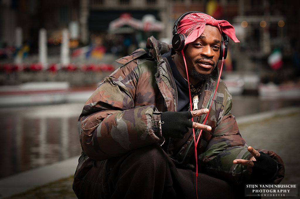 black rapper on the streets_2