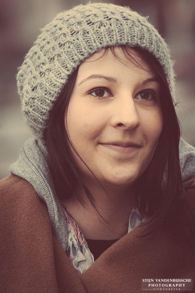 portret jonge dame met muts_1