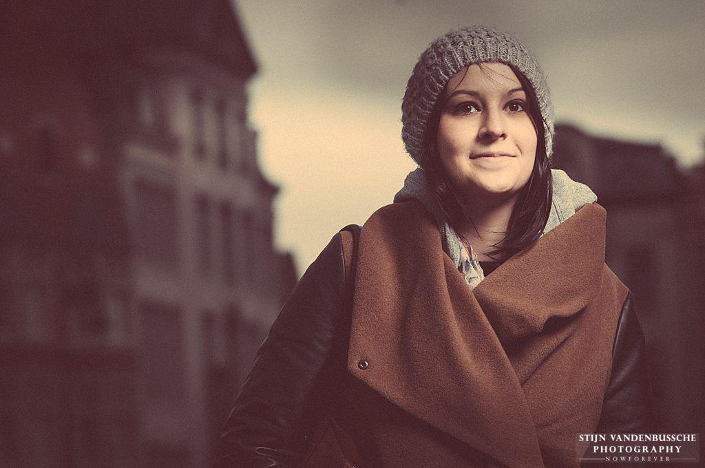 portret jonge dame met muts_4